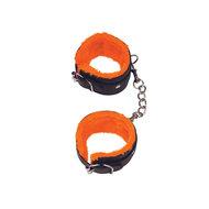 Orange Is The New Black – Handboeien  – Orange is The New Black